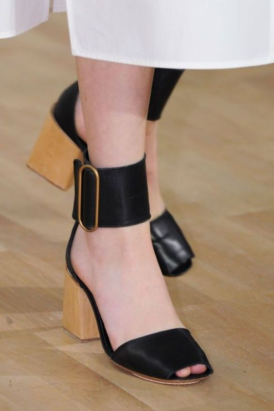 ankle-strap-shoes-1 11+ Catchiest Spring / Summer Shoe Trends for Women 2020