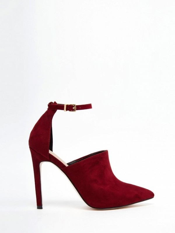 ankle-strap-shoes-7 11+ Catchiest Spring / Summer Shoe Trends for Women 2020