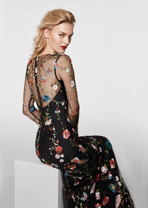 awesome-dresses-8 28+ Most Fascinating Mother's Day Gift Ideas