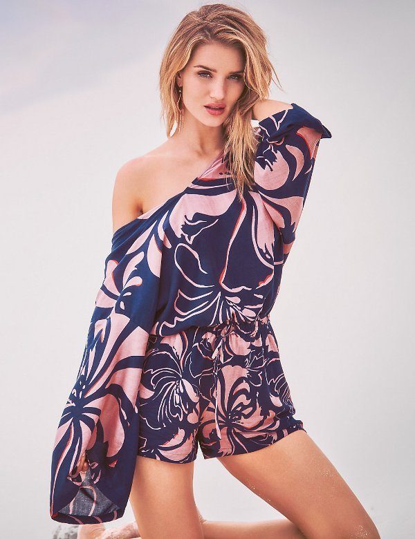 beach-cover-ups-11 18+ HOTTEST Swimsuit Trends for Summer 2018