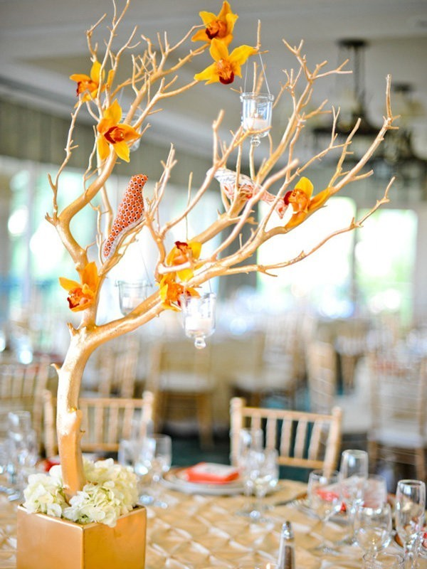 branch-wedding-centerpieces-14 11 Tips on Mixing Antique and Modern Décor Styles