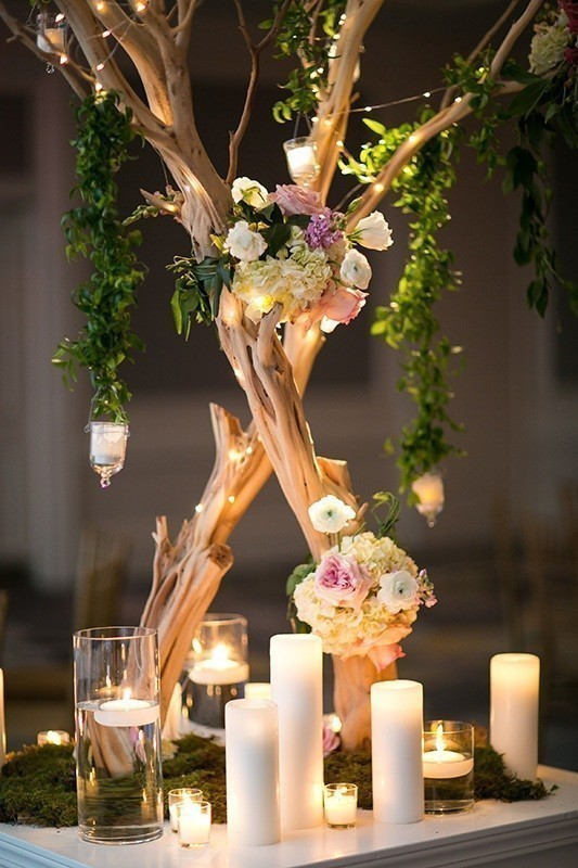 branch-wedding-centerpieces-3 11 Tips on Mixing Antique and Modern Décor Styles