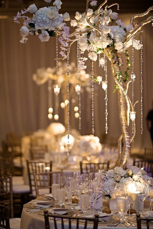 branch-wedding-centerpieces-4 11 Tips on Mixing Antique and Modern Décor Styles