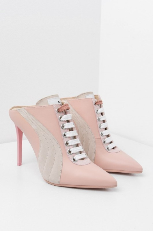 breathable-shoes-1 11+ Catchiest Spring / Summer Shoe Trends for Women 2020