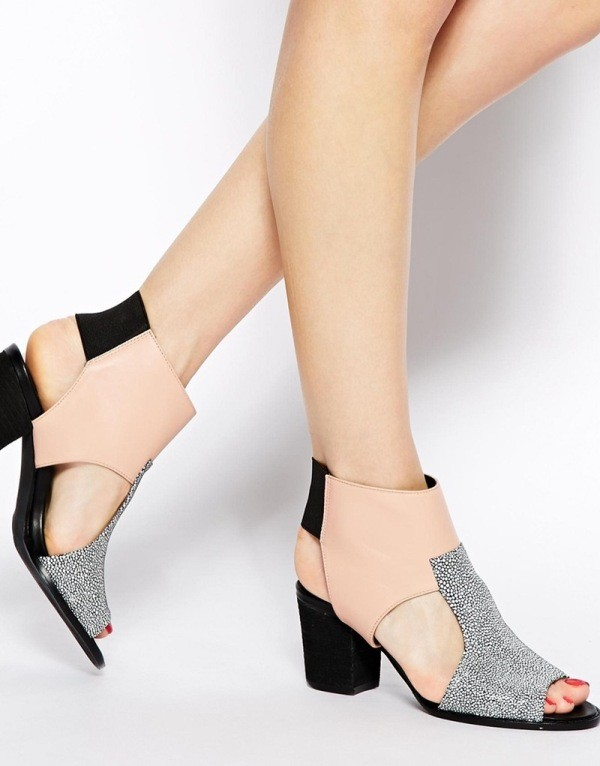 breathable-shoes-11 11+ Catchiest Spring / Summer Shoe Trends for Women 2020