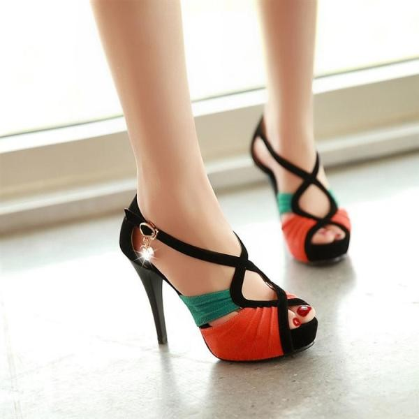 breathable-shoes-23 11+ Catchiest Spring / Summer Shoe Trends for Women 2020