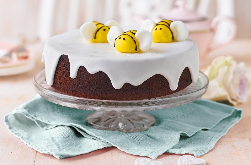 cakes-4 28+ Most Fascinating Mother's Day Gift Ideas