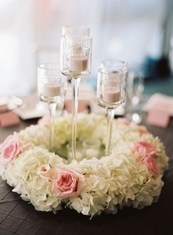 candle-wedding-centerpieces-16 79+ Insanely Stunning Wedding Centerpiece Ideas