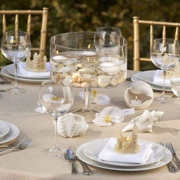 candle-wedding-centerpieces-17 11 Tips on Mixing Antique and Modern Décor Styles