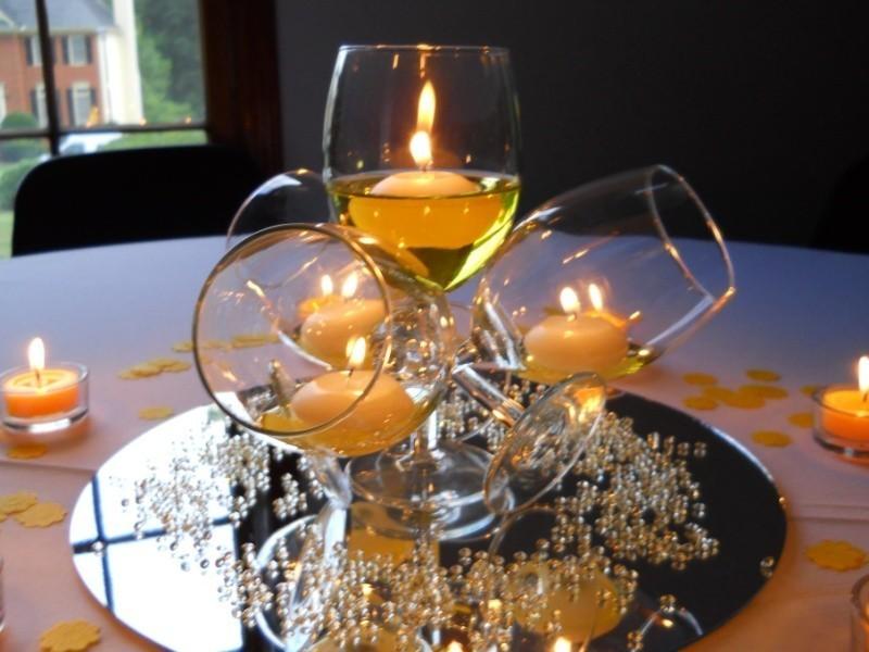 candle-wedding-centerpieces-21 79+ Insanely Stunning Wedding Centerpiece Ideas