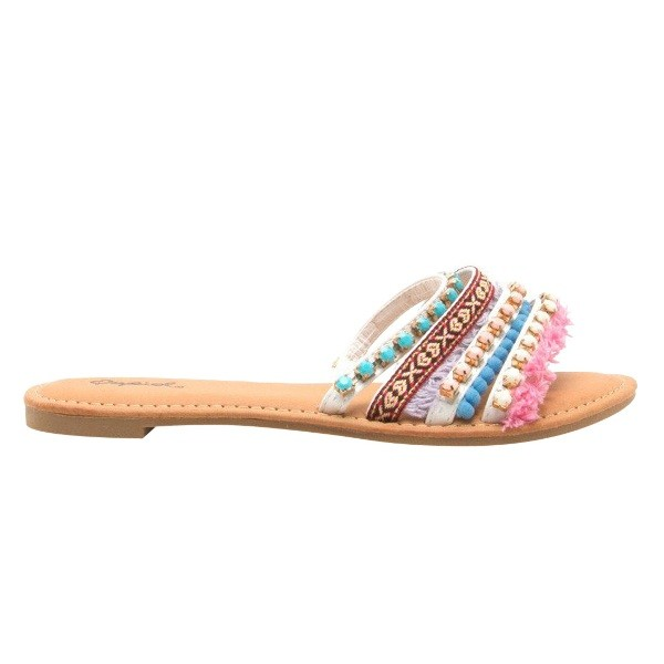 catchy-slide-sandals-1 11+ Catchiest Spring & Summer Shoe Trends for Women 2018
