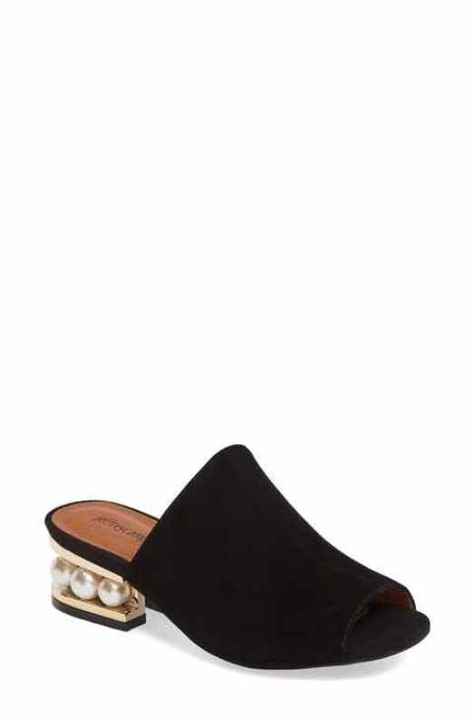 catchy-slide-sandals 11+ Catchiest Spring / Summer Shoe Trends for Women 2020