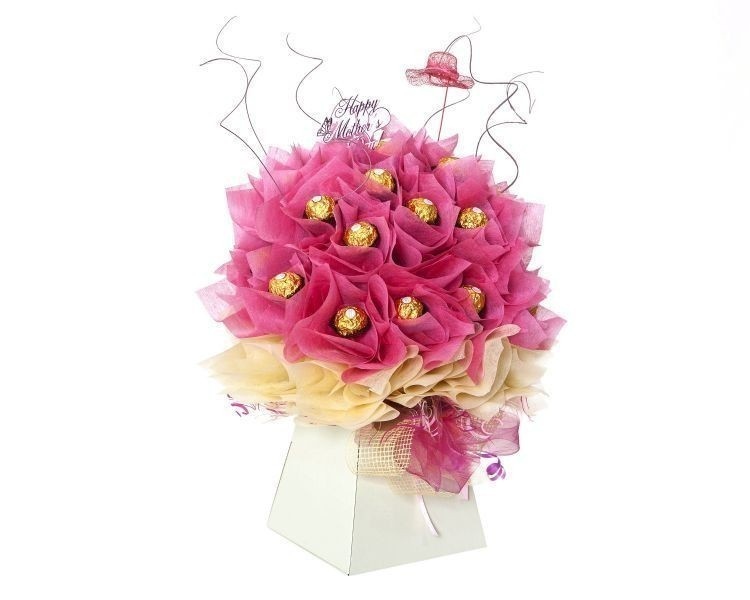 chocolate-floral-bouquet 35 Unexpected & Creative Handmade Mother's Day Gift Ideas