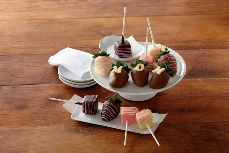 chocolates-6 28+ Most Fascinating Mother's Day Gift Ideas