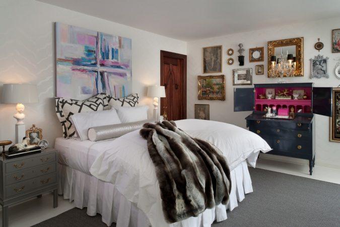 eclectic-bedroom-mixed-styles-interior-design-675x450 2018 Trending: 20 Bedroom Designs to Watch for in 2018