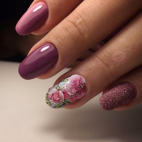 embellished-nails-13 16+ Lovely Nail Polish Trends for Spring & Summer 2018
