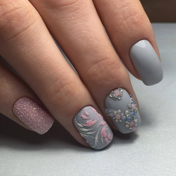embellished-nails-15 16+ Lovely Nail Polish Trends for Spring & Summer 2018