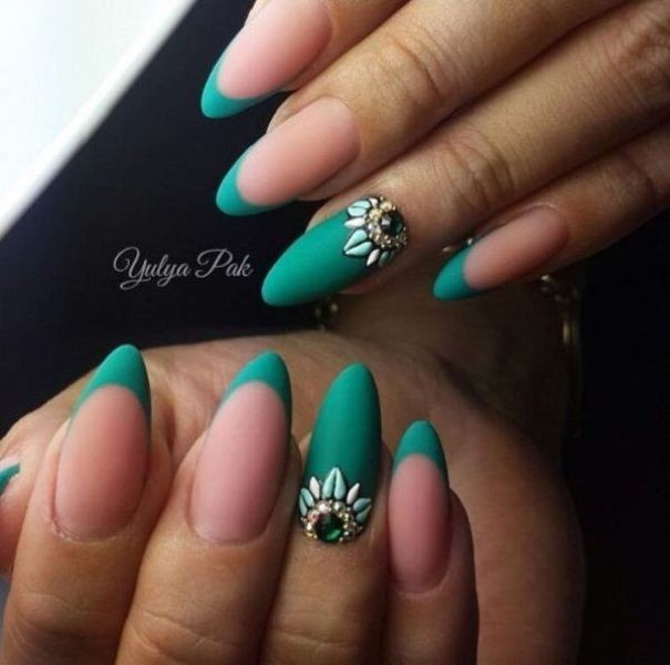 embellished-nails-9 16+ Lovely Nail Polish Trends for Spring & Summer 2020