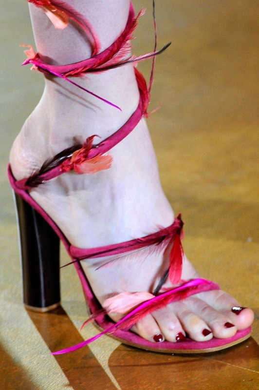 embellished-shoes-8 11+ Catchiest Spring / Summer Shoe Trends for Women 2020