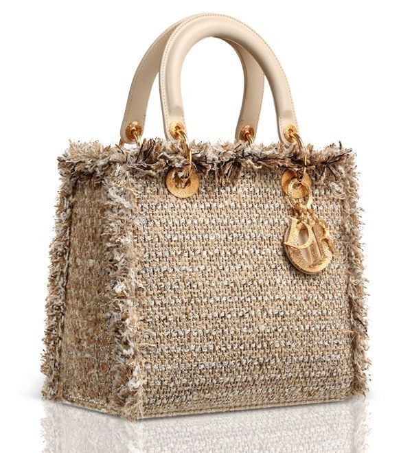 fabulous-handbags-2 28+ Most Fascinating Mother's Day Gift Ideas