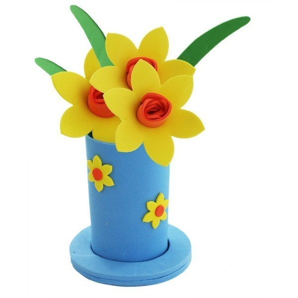 foam-vase 35 Unexpected & Creative Handmade Mother's Day Gift Ideas