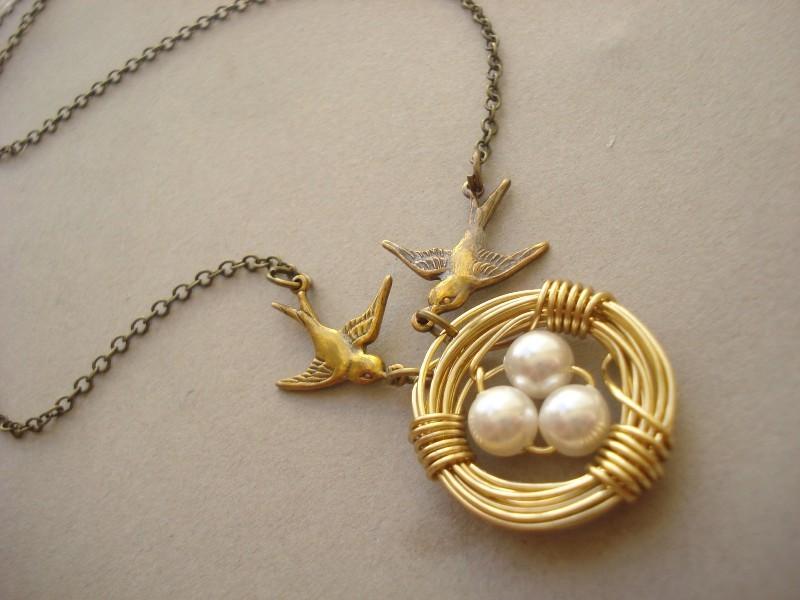 handmade-jewelry-10 35 Unexpected & Creative Handmade Mother's Day Gift Ideas