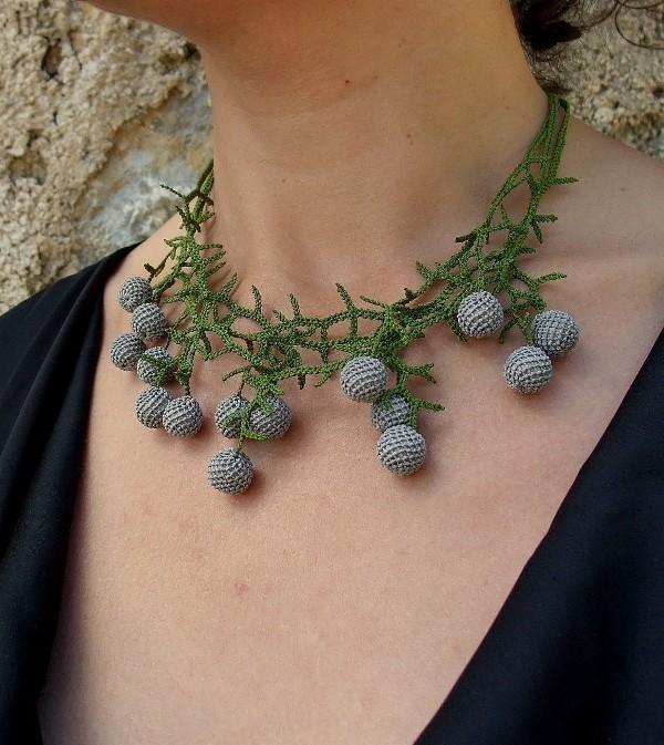 handmade-jewelry-5 35 Unexpected & Creative Handmade Mother's Day Gift Ideas
