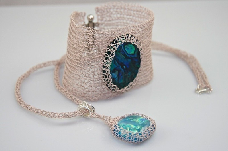 handmade-jewelry-9 35 Unexpected & Creative Handmade Mother's Day Gift Ideas