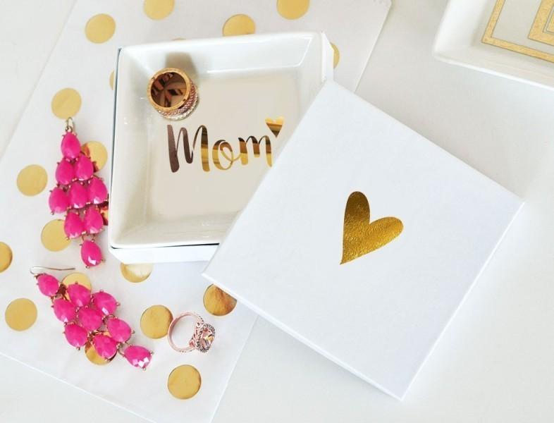 handmade-jewelry-dish-6 35 Unexpected & Creative Handmade Mother's Day Gift Ideas