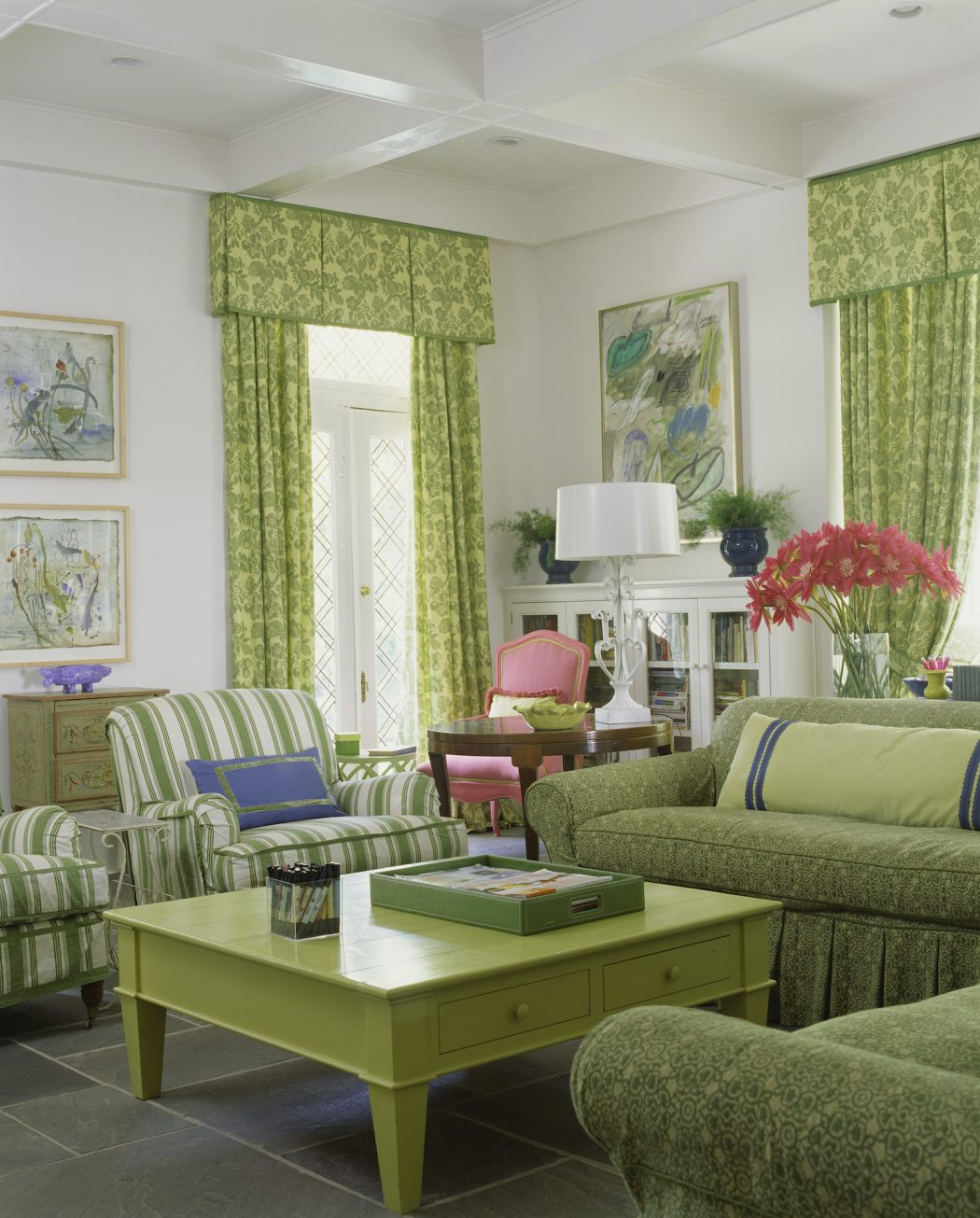 home-trends-curtain-valance-1490208381 5 Outdated Home Decor Trends That Are Coming Again in 2020