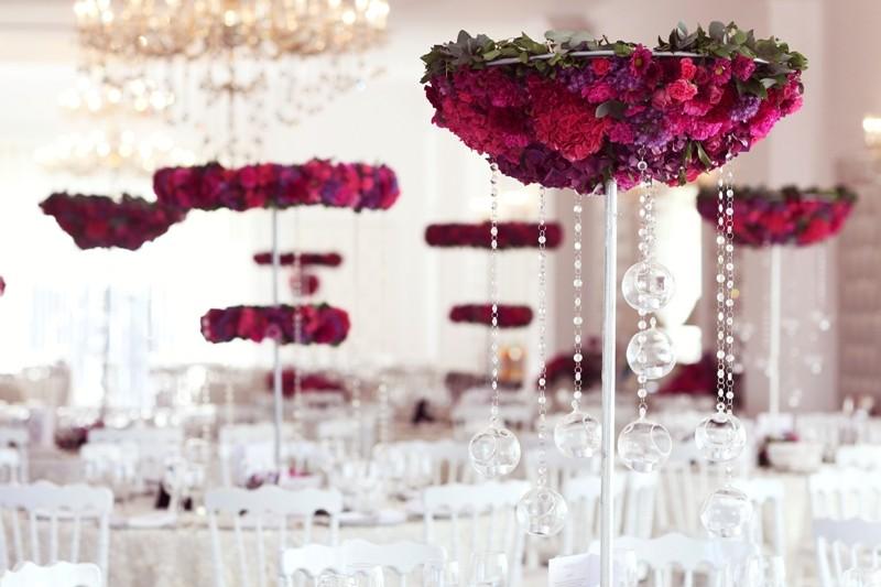 iStock_000044017096_Large 79+ Insanely Stunning Wedding Centerpiece Ideas