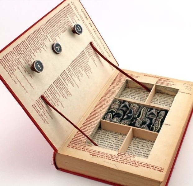 jewelry-box-5 28+ Most Fascinating Mother's Day Gift Ideas