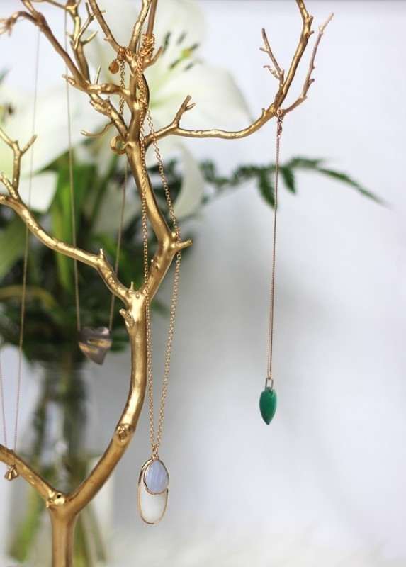 jewelry-tree 35 Unexpected & Creative Handmade Mother's Day Gift Ideas