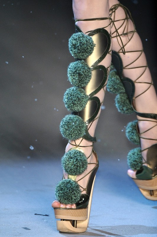 lace-up-heels-14 11+ Catchiest Spring / Summer Shoe Trends for Women 2020