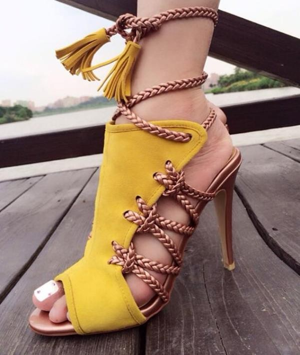 lace-up-heels-20 11+ Catchiest Spring / Summer Shoe Trends for Women 2020