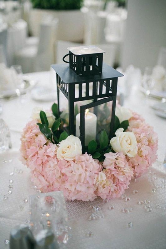 lantern-wedding-centerpieces-2 11 Tips on Mixing Antique and Modern Décor Styles