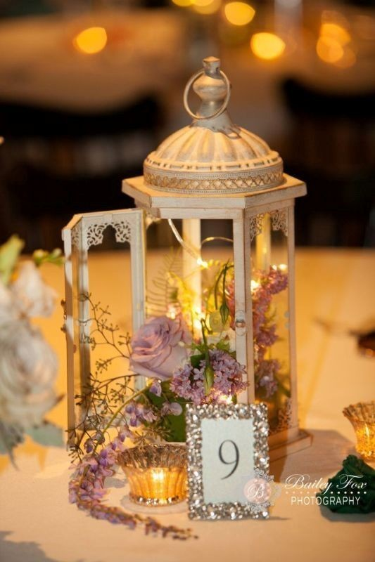 lantern-wedding-centerpieces-4 11 Tips on Mixing Antique and Modern Décor Styles