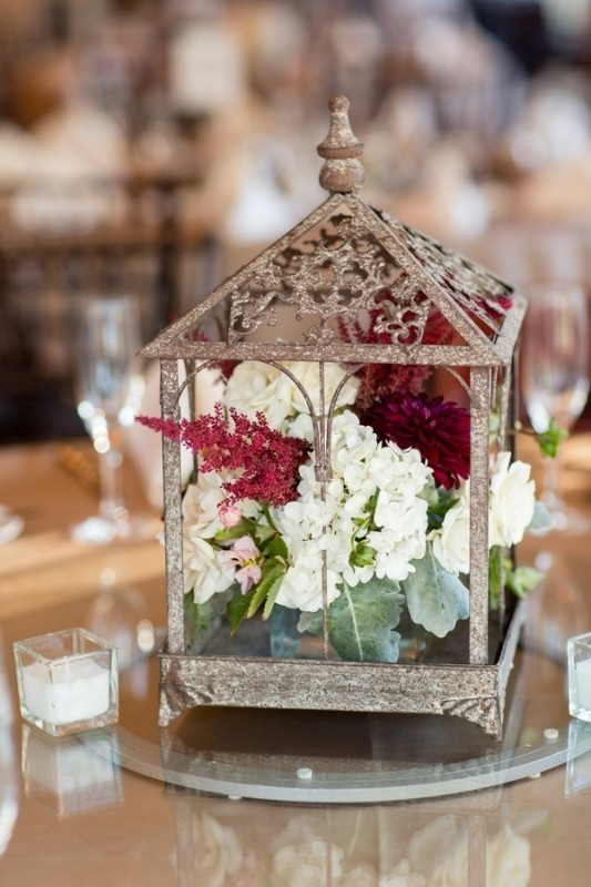 lantern-wedding-centerpieces-5 11 Tips on Mixing Antique and Modern Décor Styles