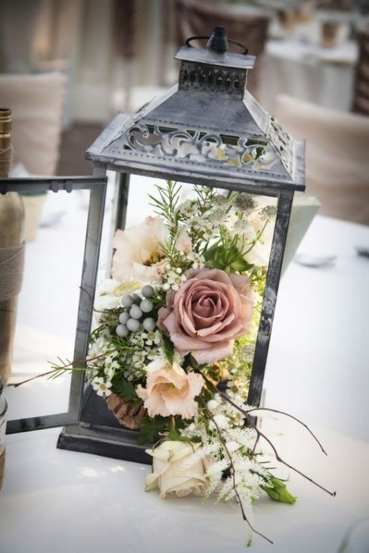 lantern-wedding-centerpieces-6 11 Tips on Mixing Antique and Modern Décor Styles
