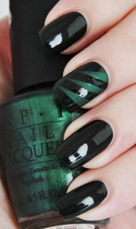 layering-two-colors 16+ Lovely Nail Polish Trends for Spring & Summer 2018