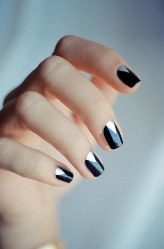 metallic-nail-art-ideas-1 16+ Lovely Nail Polish Trends for Spring & Summer 2020