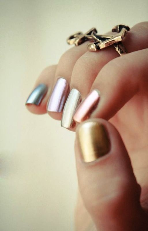 metallic-nail-art-ideas 16+ Lovely Nail Polish Trends for Spring & Summer 2018