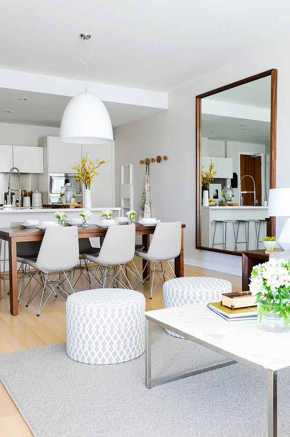 mirror-to-the-kitchen-space Few Chic Yet Affordable Ways For Your Home Garnishing