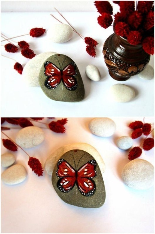 mothers-day-stone-art-2 35 Unexpected & Creative Handmade Mother's Day Gift Ideas
