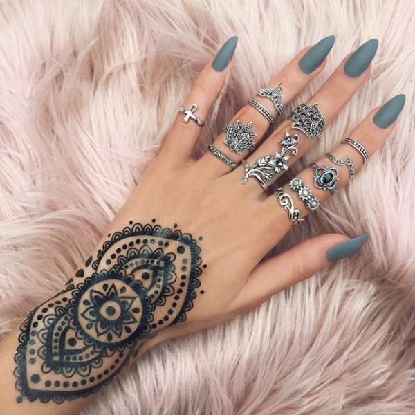nail-shapes-2017-22 16+ Lovely Nail Polish Trends for Spring & Summer 2018
