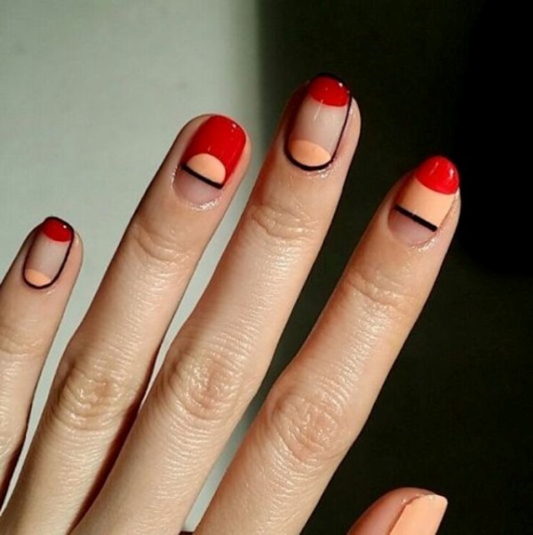 negative-space-nails-14 16+ Lovely Nail Polish Trends for Spring & Summer 2020