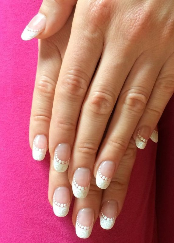 negative-space-nails-6 16+ Lovely Nail Polish Trends for Spring & Summer 2018