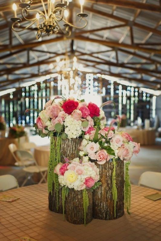 non-traditional-wedding-vases-15 11 Tips on Mixing Antique and Modern Décor Styles