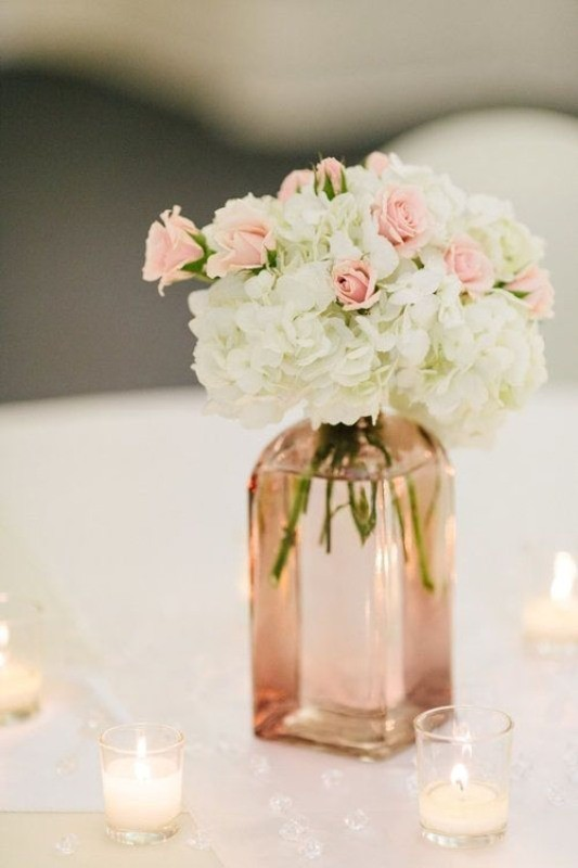 non-traditional-wedding-vases-16 11 Tips on Mixing Antique and Modern Décor Styles