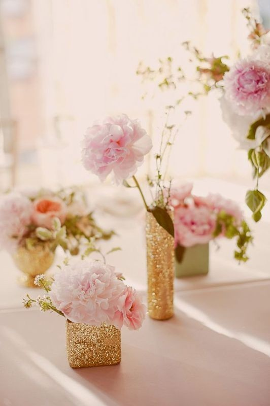 non-traditional-wedding-vases-2 11 Tips on Mixing Antique and Modern Décor Styles